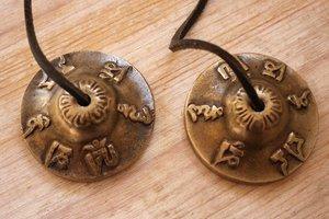 Tingsha (brons) -Aum mantra