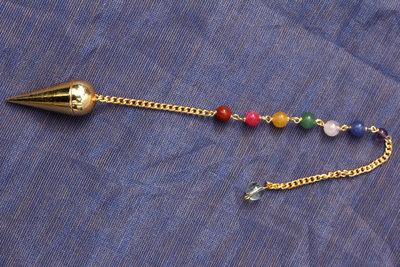 messing pendel met chakra-kralen